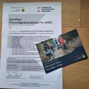 """Dokument mit Titel """"Zertifikat Freiwilligenkoordinator, Freiwilligenkoordinatorin"""""""